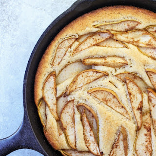 Cinnamon Pear Buckle