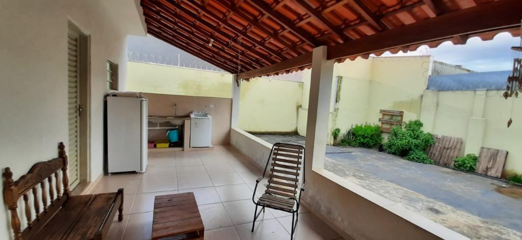 Casa com 3 dormitórios à venda, 146 m² por R$ 330.000,00 - Bom Retiro - Uberaba/MG