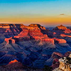 Grand Canyon Sunset by Buddy Woods - Landscapes Mountains & Hills ( national park, vacation, grand canyon national park, arizona, grand canyon )