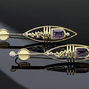Gold earrings with amethyst and diamonds by Matteo Chinellato - Artistic Objects Jewelry ( pwcstilllife )