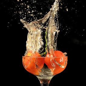 Tomato Splash by Thomas Born - Food & Drink Fruits & Vegetables (  )