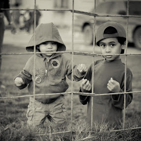 untitled by Salden Toy Eltagonde - Babies & Children Children Candids ( babies, candids, street, children, brother, hood )