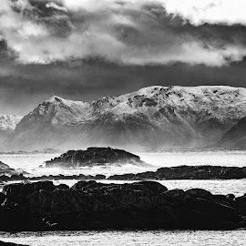 Hi & Lo by Thorbjorn Liell - Landscapes Waterscapes ( mountains, seascape, norway, lofoten, sea )