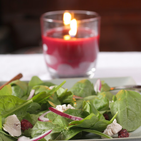 Spinach Salad with Cranberries and Goat Cheese