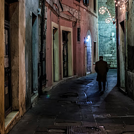by Roberto Di Patrizi - City,  Street & Park  Street Scenes ( lights, old, village,  )
