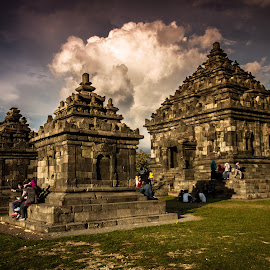 Ijo Temple by Bekti Sulasyono - Buildings & Architecture Statues & Monuments ( yogyakarta, ijo temple, heritage )