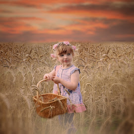 by Love Time - Babies & Children Child Portraits (  )