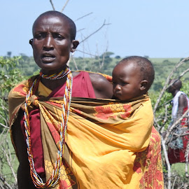 Masai Mother by Cyndi Rosenthal - People Street & Candids ( mother, africa, tribal )