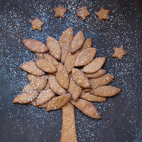 Norwegian Gingerbread Tree