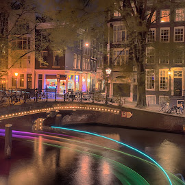 Ray of lights by Lars-Ove Törnebohm - City,  Street & Park  Street Scenes ( night photography, tornephoto, holland, nightphoto, amsterdam, netherlands )