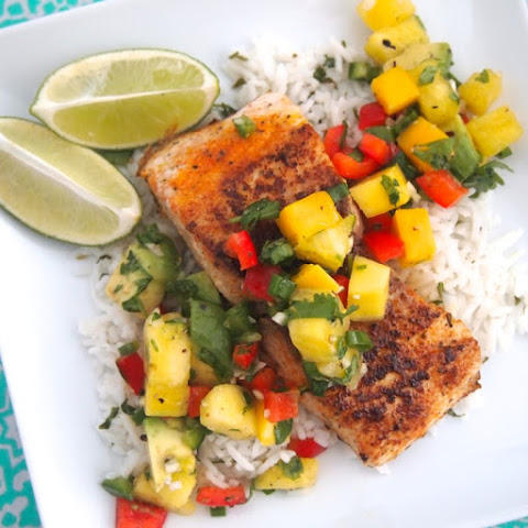 Blackened Mahi Mahi with Pineapple Salsa