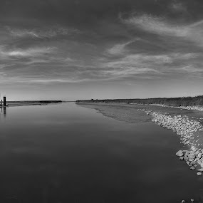 Low tide at the Kiekkaaste by Fred van Maurik - Landscapes Waterscapes ( clouds, water, mud, sky, tide, dollard, stones, kiekkaaste,  )