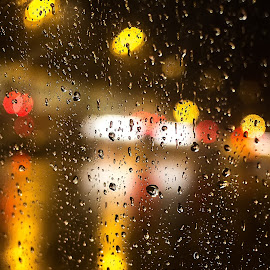 by Estislav Ploshtakov - Abstract Water Drops & Splashes