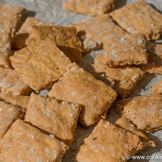 Golden Flax Seeds Crackers