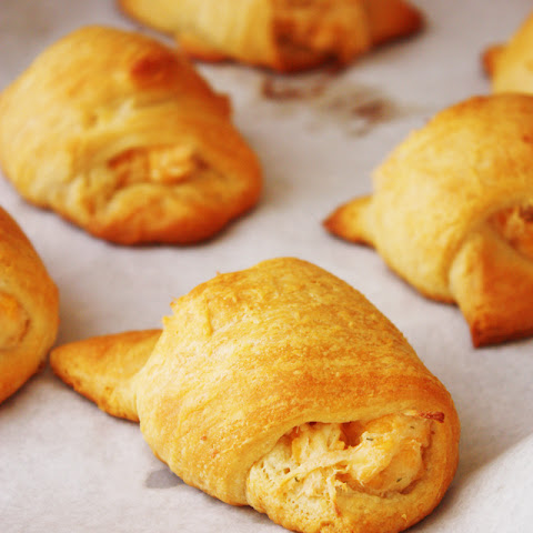 Cheddar Chicken Crescent Rolls