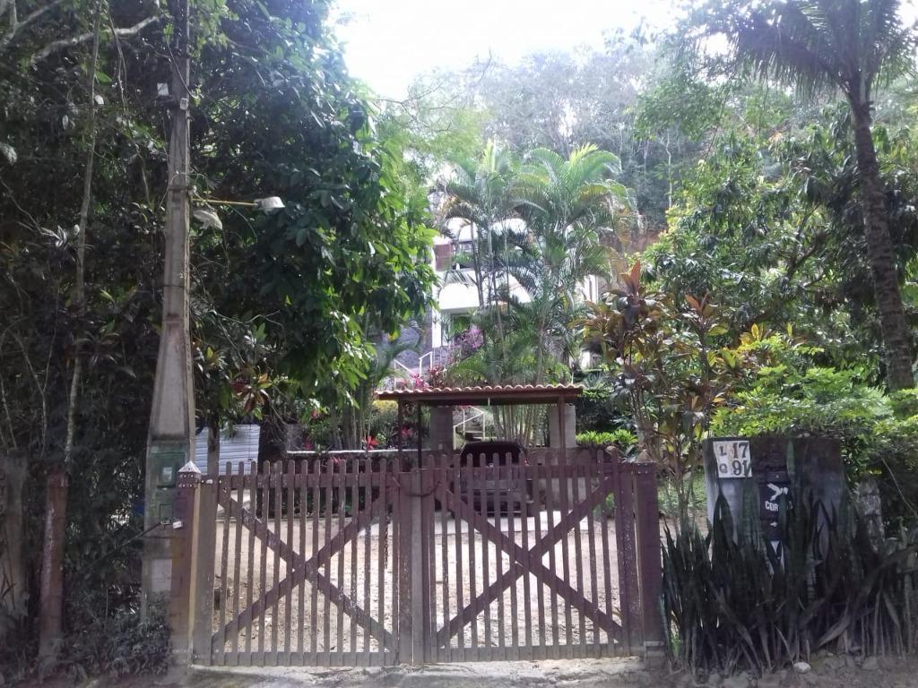 Casa em Serra Grande  -  Niterói - RJ