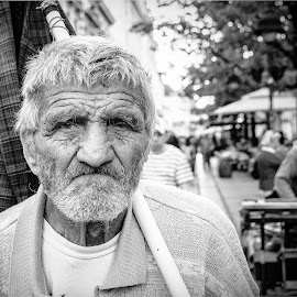 by Nenad Borojevic Foto - Black & White Portraits & People ( woman, man, people,  )