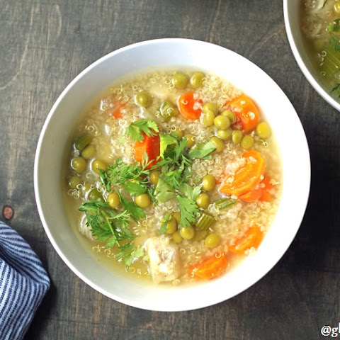 Gluten-Free Quinoa Soup (11 Ingredients)