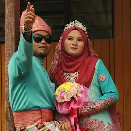 by Sultan Firaun - Wedding Bride & Groom