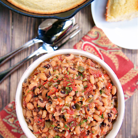 {Slow Cooker} Spicy Black Eyed Peas