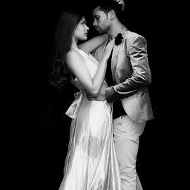 Enamorados by Elsa Santos - People Couples