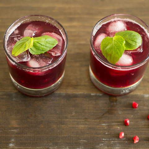 Maple Syrup Pomegranate Cocktail
