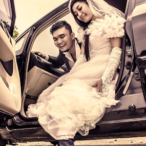 LOL by Dimas Winarto - Wedding Bride & Groom ( car, lol, shoes, concept, new, funny, bride, groom )