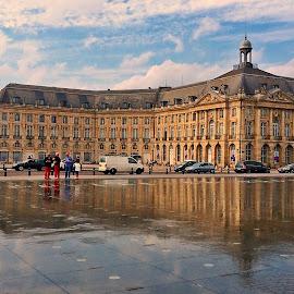 Bordeaux by Dobrin Anca - Instagram & Mobile iPhone ( reflection, art, bordeaux, wonderful, city )
