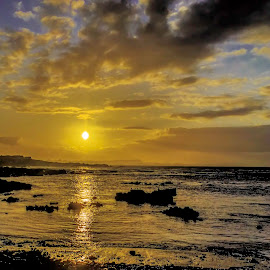 Windy Sunrise by Graeme Wilson - Landscapes Sunsets & Sunrises ( looking easyt, gansbaai, windy sunrise, sunrise, cape town 2015 )