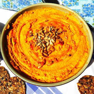 Roasted Carrot and Garlic Hummus with Sriracha