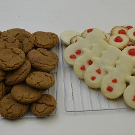 by John Wayne Robert Jansen - Food & Drink Candy & Dessert ( cherry, tasty, tray, board, cookies )