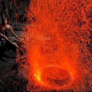 Membakar Gong.jpg
