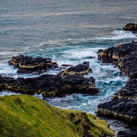 Icelandic Coast by Philip Rugel - Landscapes Waterscapes