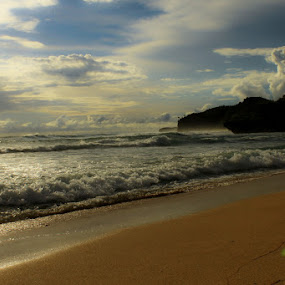 by Mbah Gatot Nugroho Susanto - Landscapes Beaches