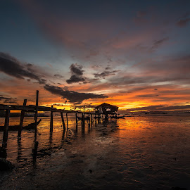 A little hut by Lim Keng - Landscapes Sunsets & Sunrises