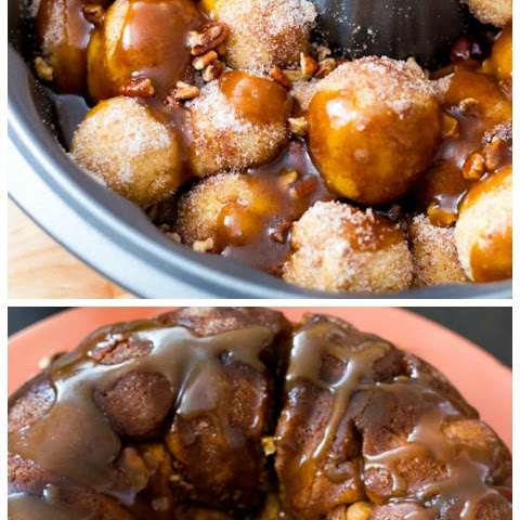 Homemade Monkey Bread with Caramel Sauce