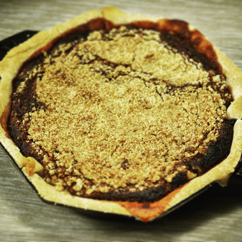 Pennsylvania Dutch Shoo Fly Pie in Cast Iron