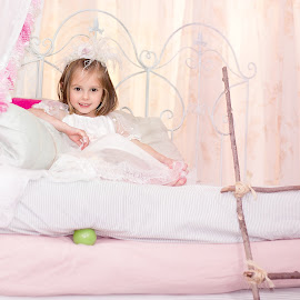 The Princess & The rea by Paige Lyon - Babies & Children Child Portraits ( studio., princess, girl, bed, styled shoot, indoors, pink )