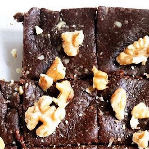 3-Ingredient Raw Walnut Brownies