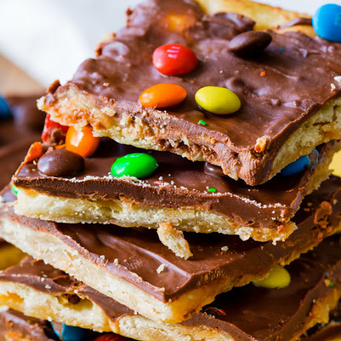 Easy Saltine Toffee