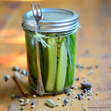 Quick and Spicy Refrigerator Pickles