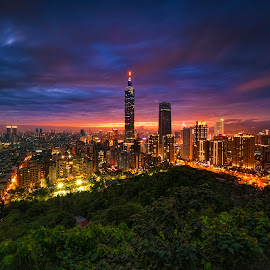 by Gordon Koh - City,  Street & Park  Night ( taipei 101, taiwan, taipei, dusk, sunset, nightscape )