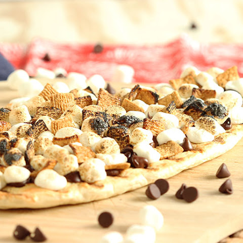 Grilled S'mores Pizza