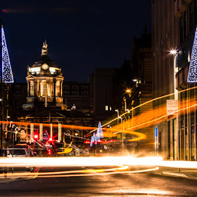 Liverpool Town Hall by Jon Hunter - Buildings & Architecture Public & Historical ( light trail, liverpool, town hall, christmas, night, evening )