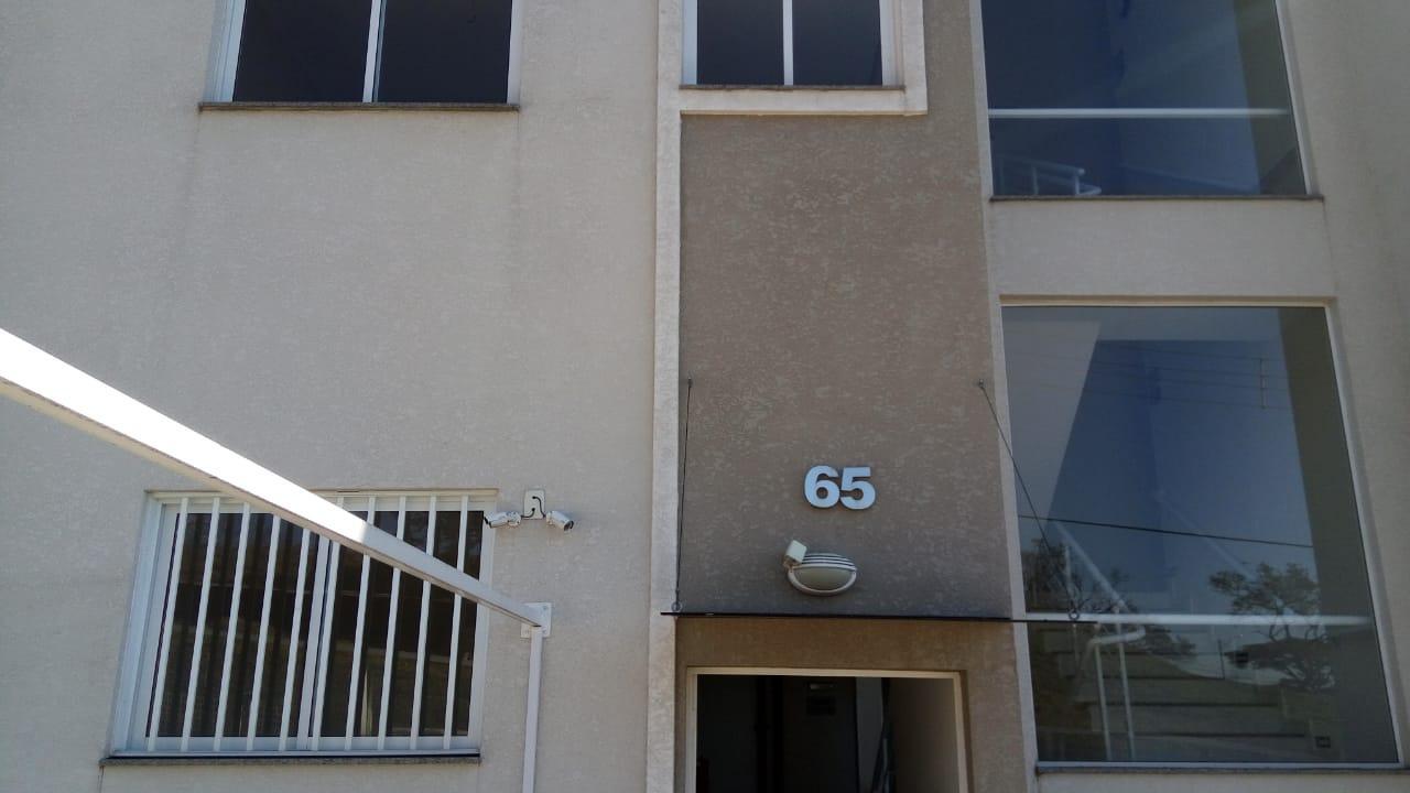 Apartamento com 2 dormitórios à venda, 53 m² por R$ 198.000 - Jardim Alto de Santa Cruz - Itatiba/SP