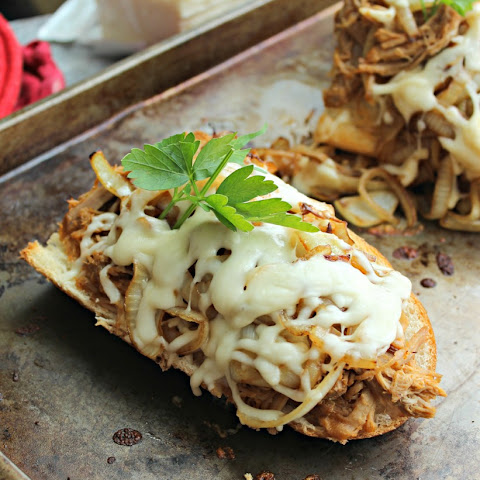 Sweet Pulled Pork French Bread Pizza