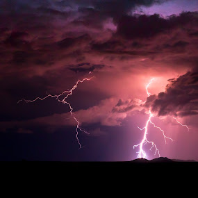 Electrostatic Discharge III by Kevin Standage - Landscapes Weather ( canon, lightening, etosha, standage, africa, kevin )