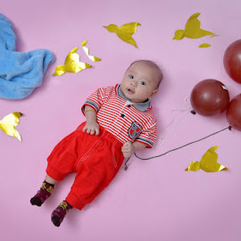 Nizzam and the baloon by Lalu Mahendra - Babies & Children Babies