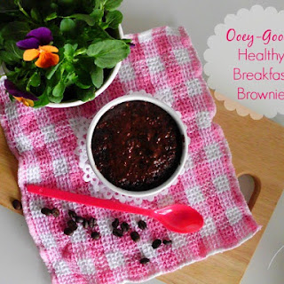 Ooey-Gooey Healthy Breakfast Brownie