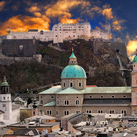 Salzbourg - Saint-Rupert Cathedral  and Hohensalzburg castle by Gérard CHATENET - City,  Street & Park  Vistas